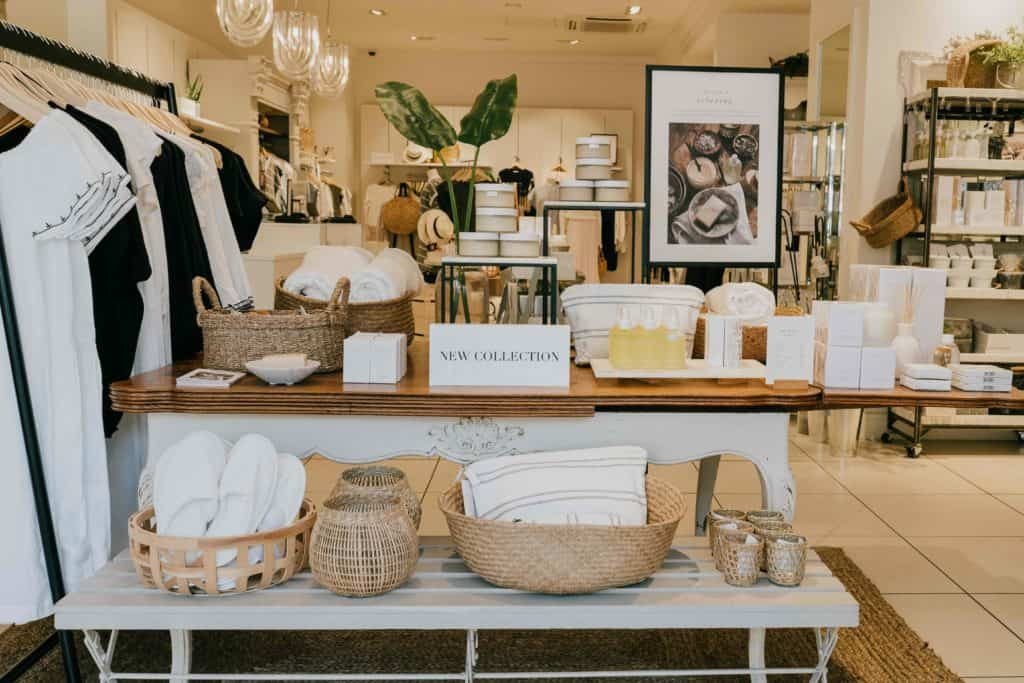 The White Company Mell Square